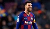 مدرب برشلونة يثير القلق بين الجماهير بعد انتهاء عقد ميسي