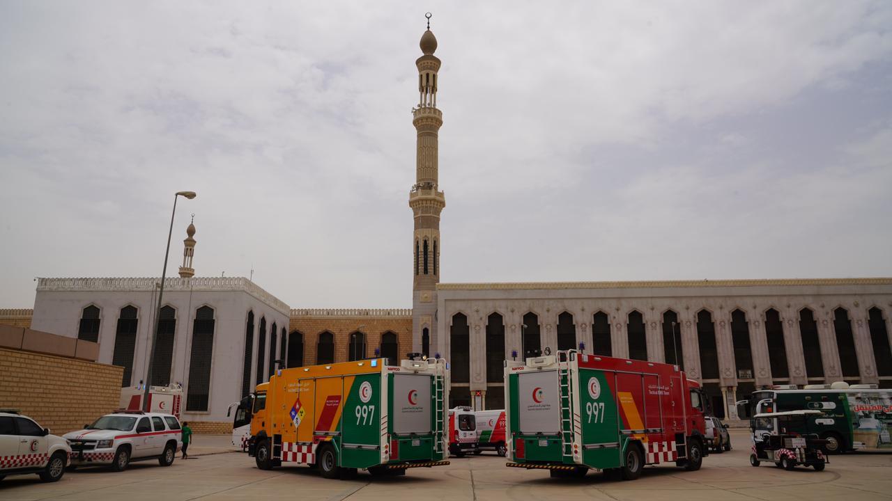 الهلال الأحمر  يخصص 12 مركز إسعافي و 98 مسعفا لخدمة الحجاج بمشعر عرفات