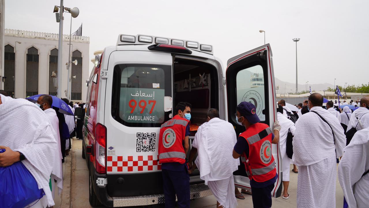 الهلال الأحمر يتلقى 11516 مكالمة في العاصمة المقدسة والمشاعر