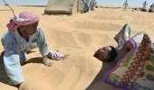 """""""النمر"""" يحذر مرضى الأمراض المزمنة من الحَمّام الرملي"""