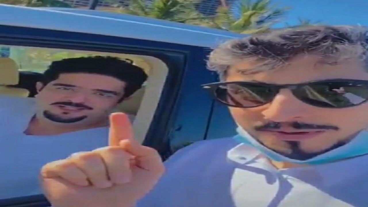 بالفيديو.. لقاء الأمير عبدالعزيز بن فهد بأحد الشباب على كورنيش جدة