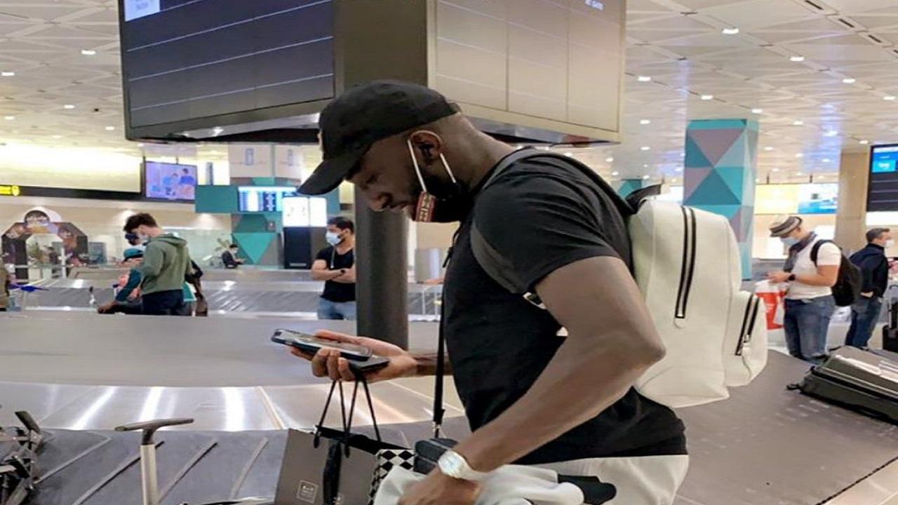 """لاعب الهلال الجديد """"ماريغا"""" يصل الرياض"""