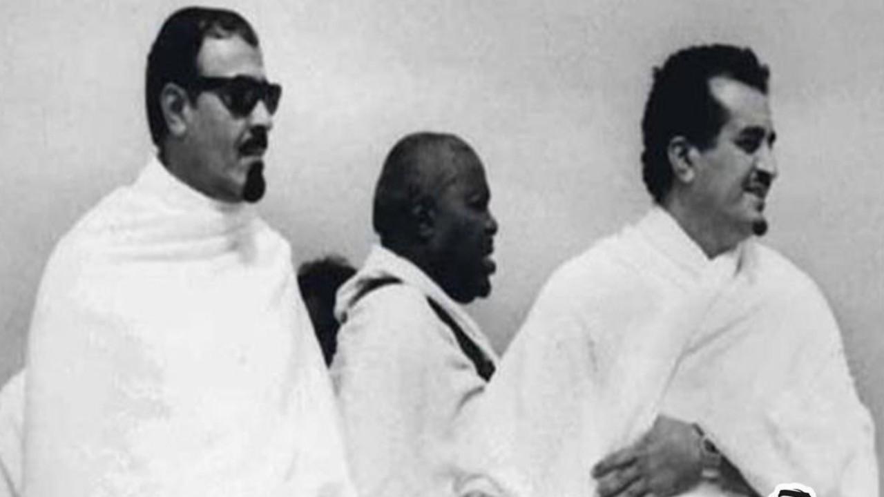 صورة نادرة تجمع الملك فهد والملك عبدالله خلال موسم الحج