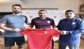 ضمك يضم اللاعب الجزائري هلال سوداني
