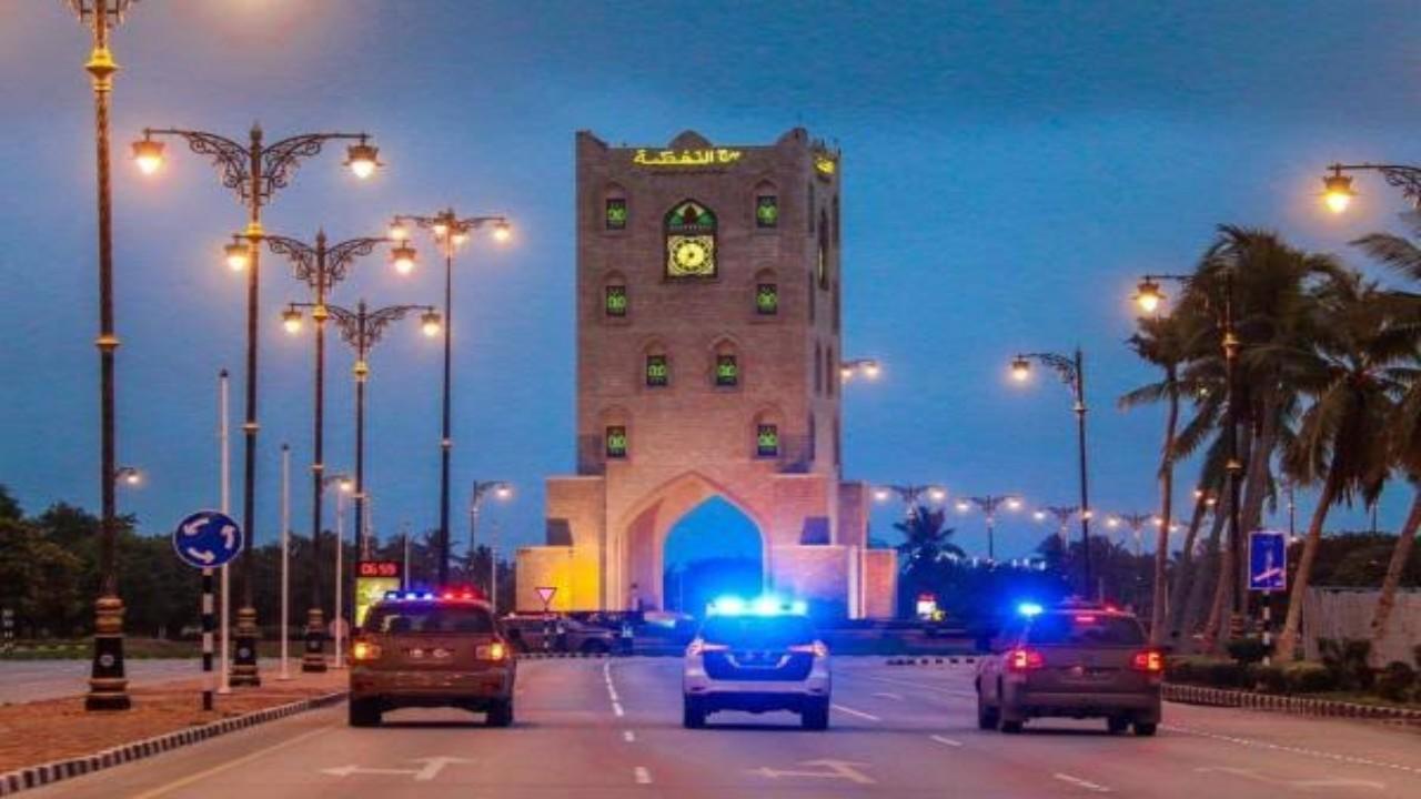 تمديد قرار إغلاق المحلات ومنع الحركة في عمان