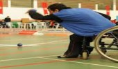 """لاعب من ذوي الإعاقة يشتكي أحد النوادي لرفضهم دخول مرافقه و"""" فخر """" يدعمه"""