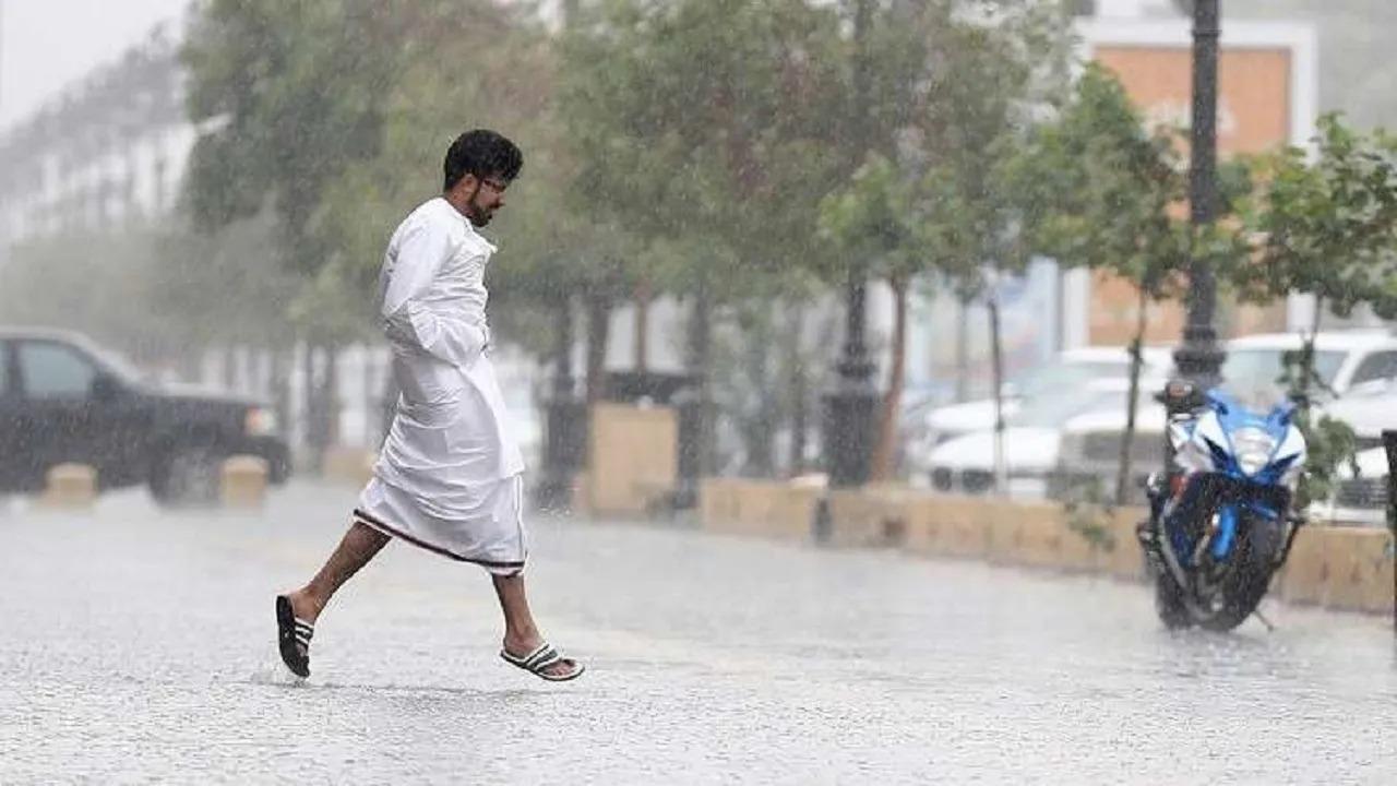 الحصيني: أمطار على عدة مناطق خلال الـ 24 ساعة القادمة