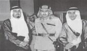 صورة نادرة للملك عبدالله يرافقه أمير الرياض قبل 70 عام