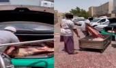 ضبط سيارة أجرة سوق الحلة لنقلها اللحوم بالرياض