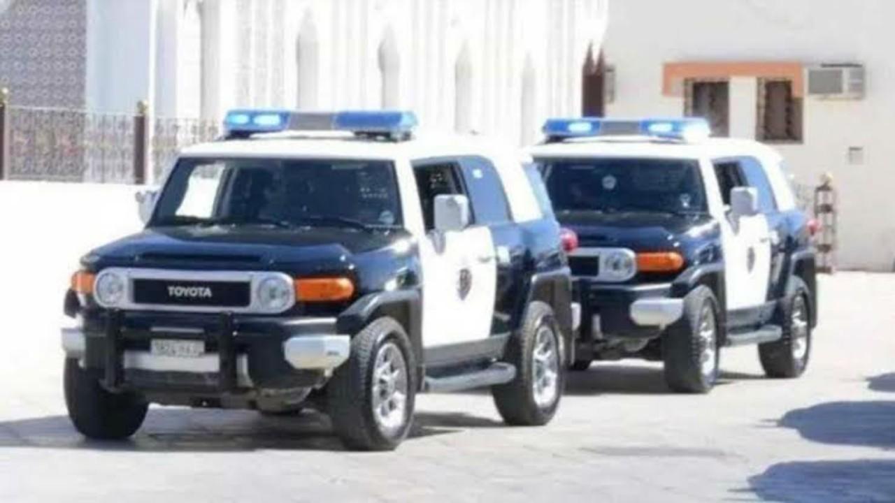 القبض على 6 مواطنين إثر تعرّضهم لسيدة داخل مركبتها في الرياض
