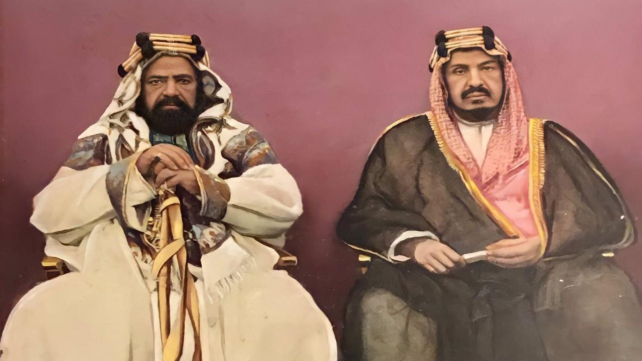 صورة نادرة للملك عبدالعزيز والشيخ حمد بن عيسى في البحرين