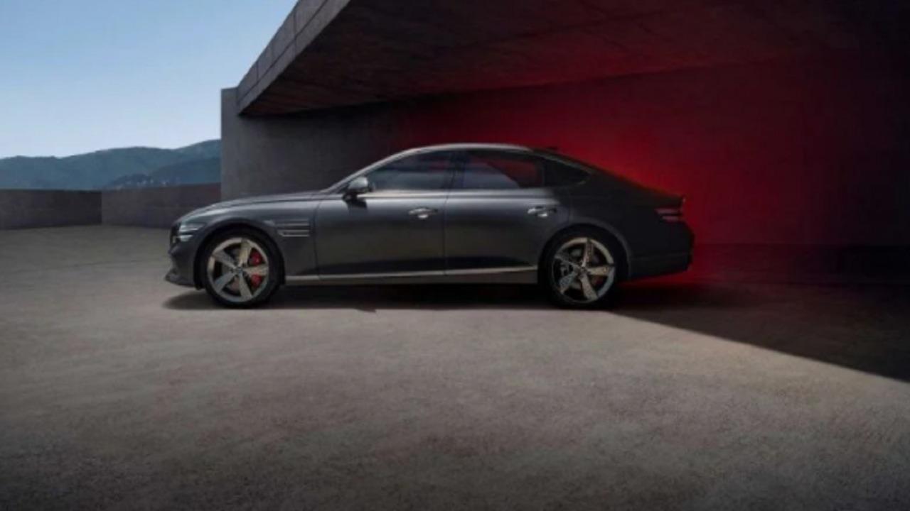 """بالصور.. """"جينسيس"""" تكشف مواصفات سيارة G80 سبورت 2022"""