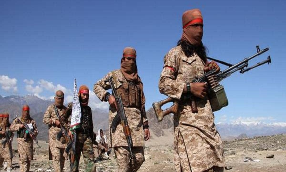 """طالبان تسيطر على إقليم """"دايكوندي"""" بأفغانستان وتواصل تقدمها نحو العاصمة"""