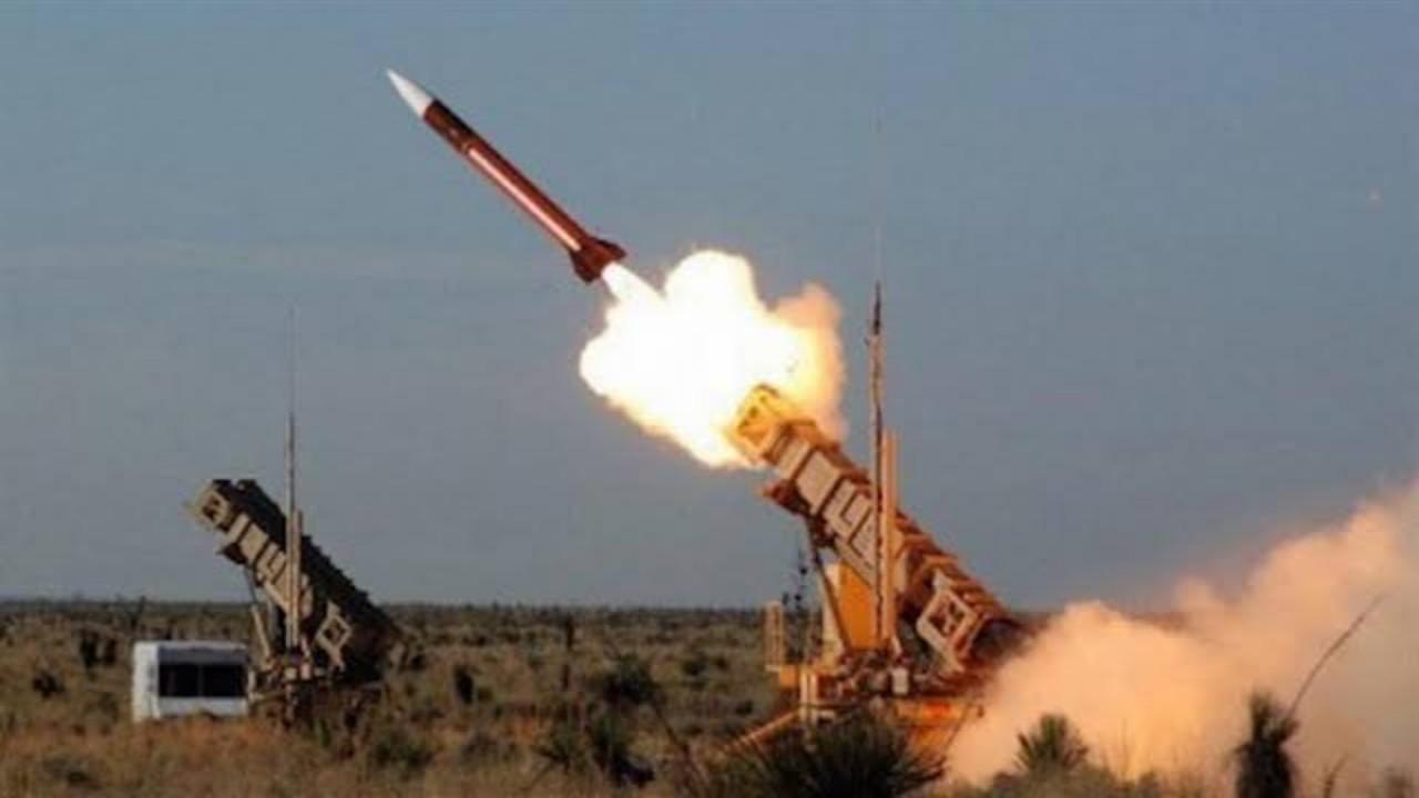  اعتراض وتدمير صاروخ باليستي أطلقه الحوثيون تجاه نجران