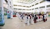 بالفيديو.. عودة المعلمين لمدارس التعليم العام بعد انقطاع 18 شهرا