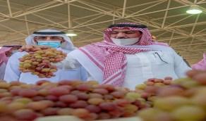 أمير القصيم: المهرجانات الزراعية الموسمية تحوّلت لصناعة تتميز بها المنطقة
