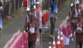 بالفيديو.. تصرف صادم لعداء فرنسي أثناء ماراثون أولمبياد طوكيو