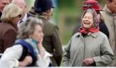 الملكة إليزابيث تتعرض لموقف محرج بسبب السياح