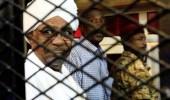"""""""البشير"""" لـ""""القضاة"""": حاكموني في السودان ولا تسلموني للمحكمة الدولية"""