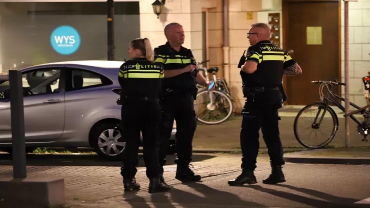 الشرطة الهولندية تفتش حقيبة مشبوهة أمام سفارة المملكة في لاهاي