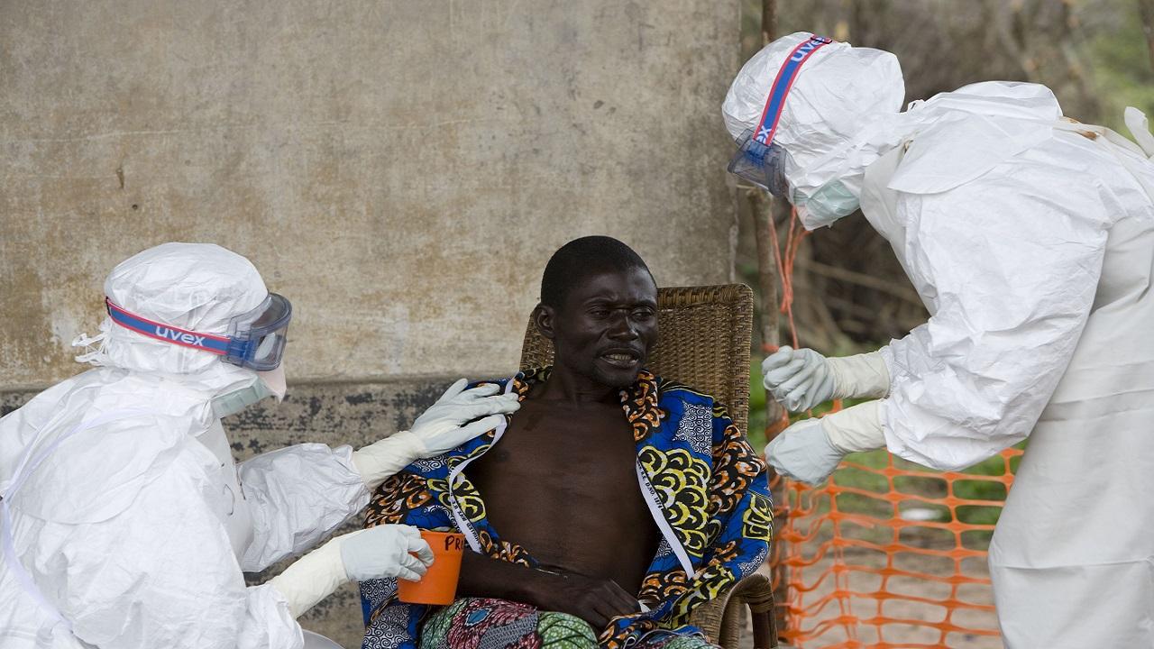 """""""إيبولا"""" القاتل يثير القلق من جديد في أفريقيا"""