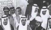 صورة تاريخية لقادة دول مجلس التعاون أثناء وضع أساس جسر الملك فهد