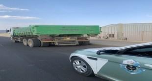 القبض على قائد شاحنة تسبب في كسر زجاج المركبات بالمدينة المنورة