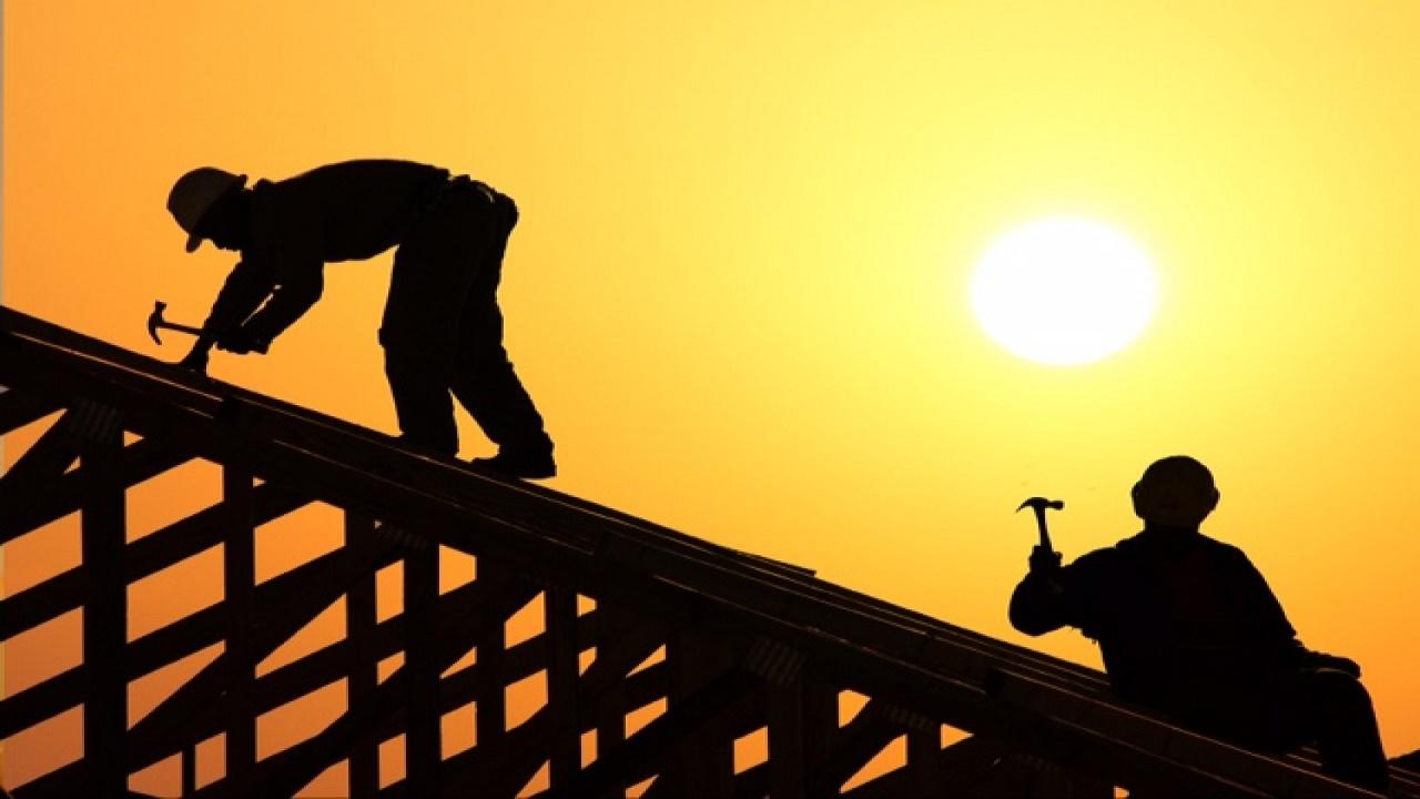 بدء قرار انتهاء حظر العمل تحت أشعة الشمس