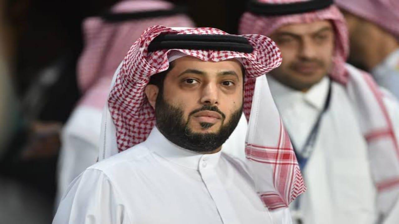 """آل الشيخ يدعو متابعيه لاحترامخصوصية الجوال والواتساب:""""سأبلك قبل قراءة الرسالة"""""""