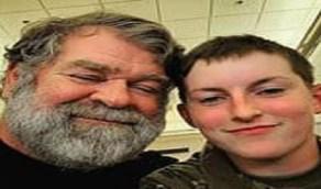 أسرة تبلغ الشرطة ضد عريس ابنتهما لكبر سنه