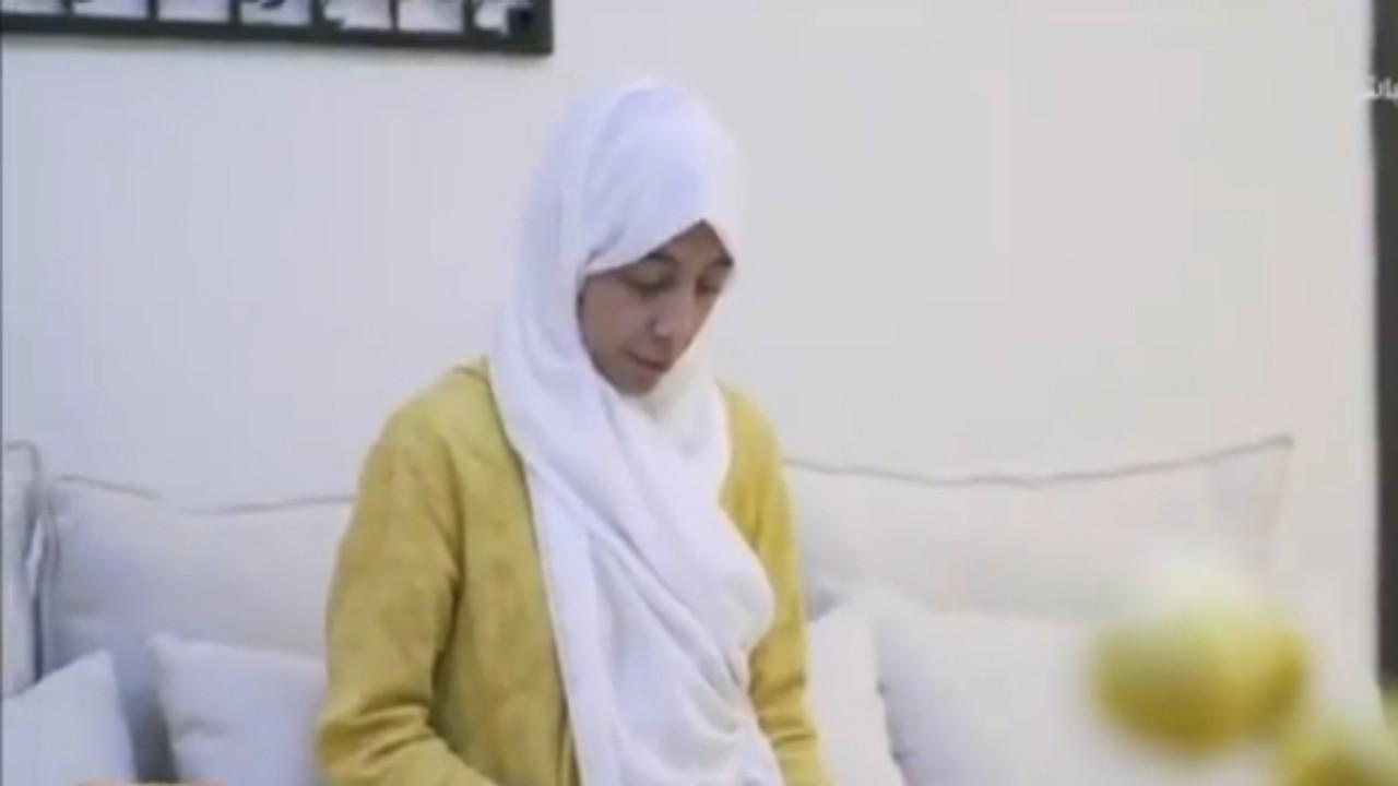 بالفيديو.. فتاة تبتكر تطبيق تواصل مع من فارق الحياة بعد حزنها على وفاة والدها