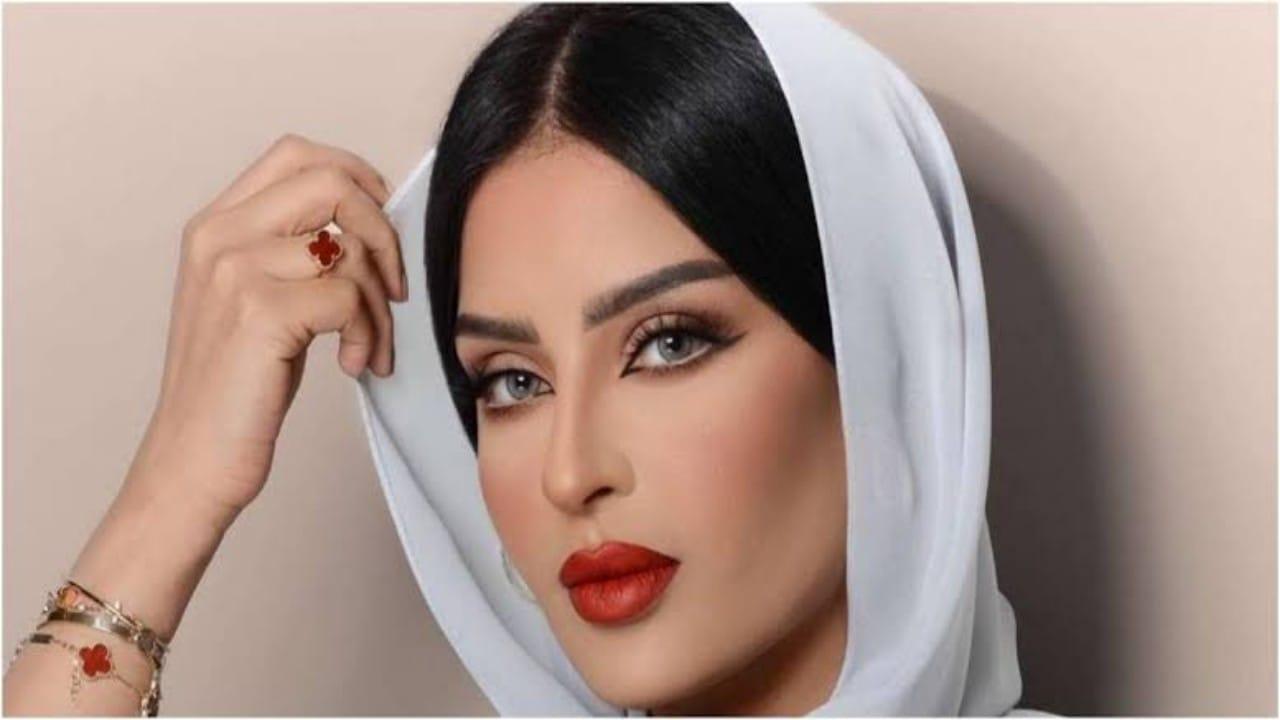 بدور البراهيم تنشر صورة لتورم وجهها بعد خضوعها لعملية تجميل