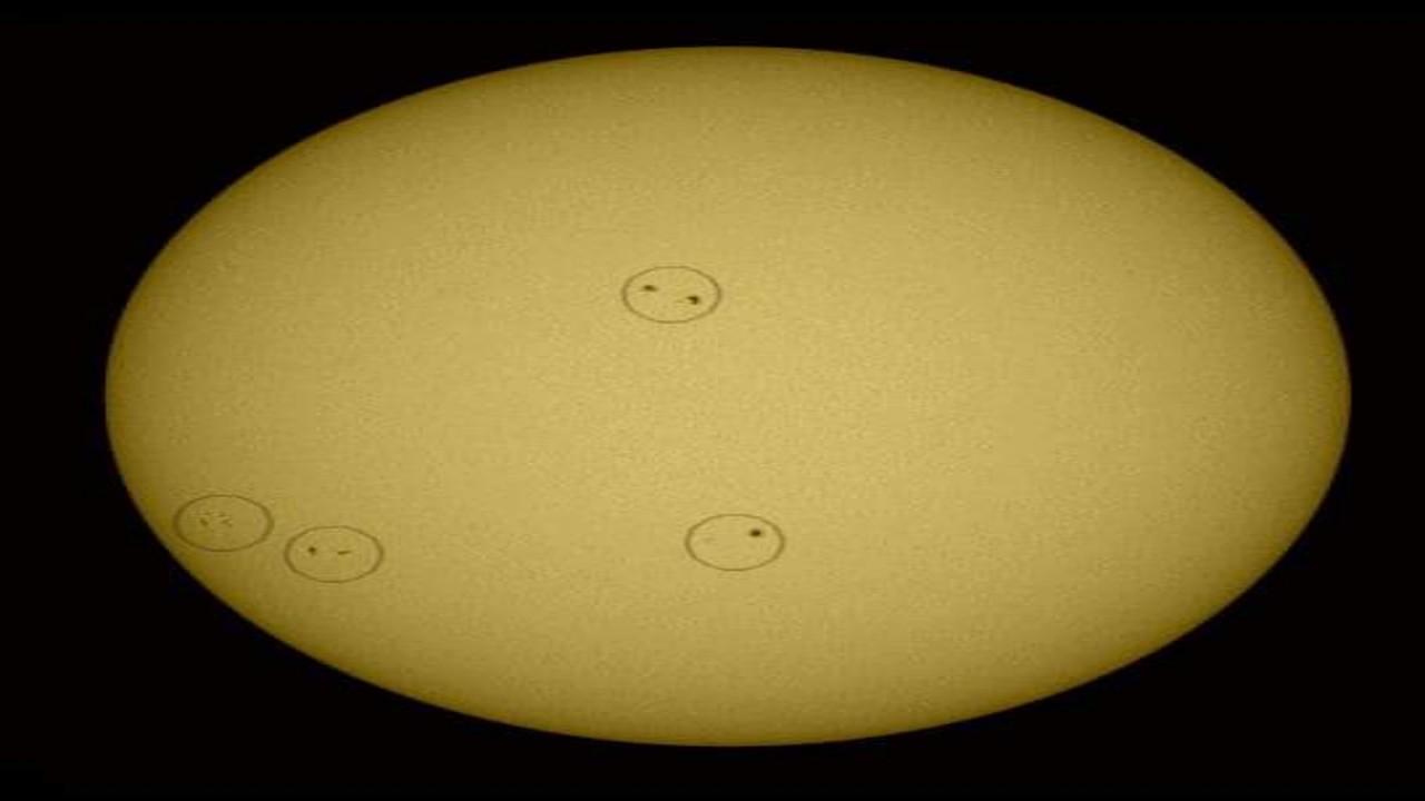"""""""فلكية جدة"""": 4 مجموعات من البقع الشمسية في وقت واحد على سطح الشمس"""