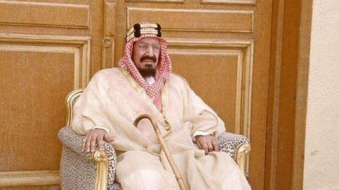 صورة للملك المؤسس في شبابه بالألوان