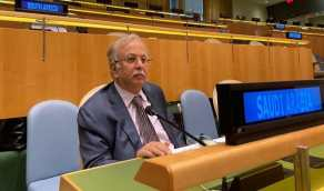 وزير الخارجية يؤكد ضرورة قيام المجتمع الدولي بمسؤولياته تجاه تجاوزات إيران