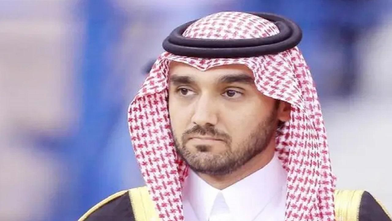 وزير الرياضة يعزي الأمير الوليد بن طلال