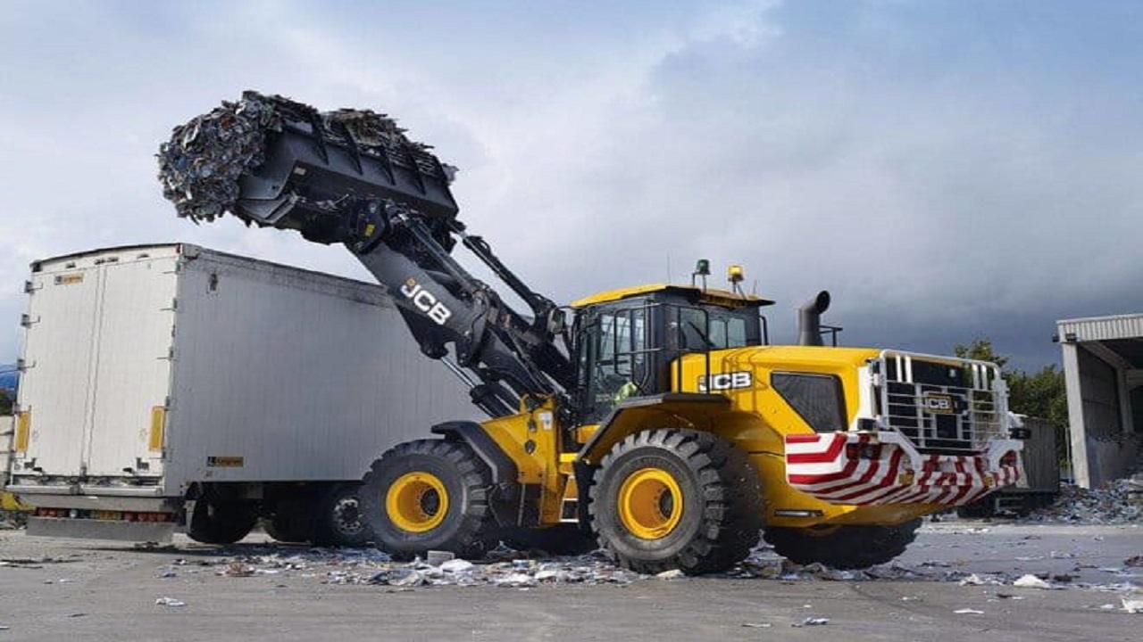 حظر إدخال النفايات الخطرة إلى المملكة وعقوبة صارمة تنتظر المخالفين