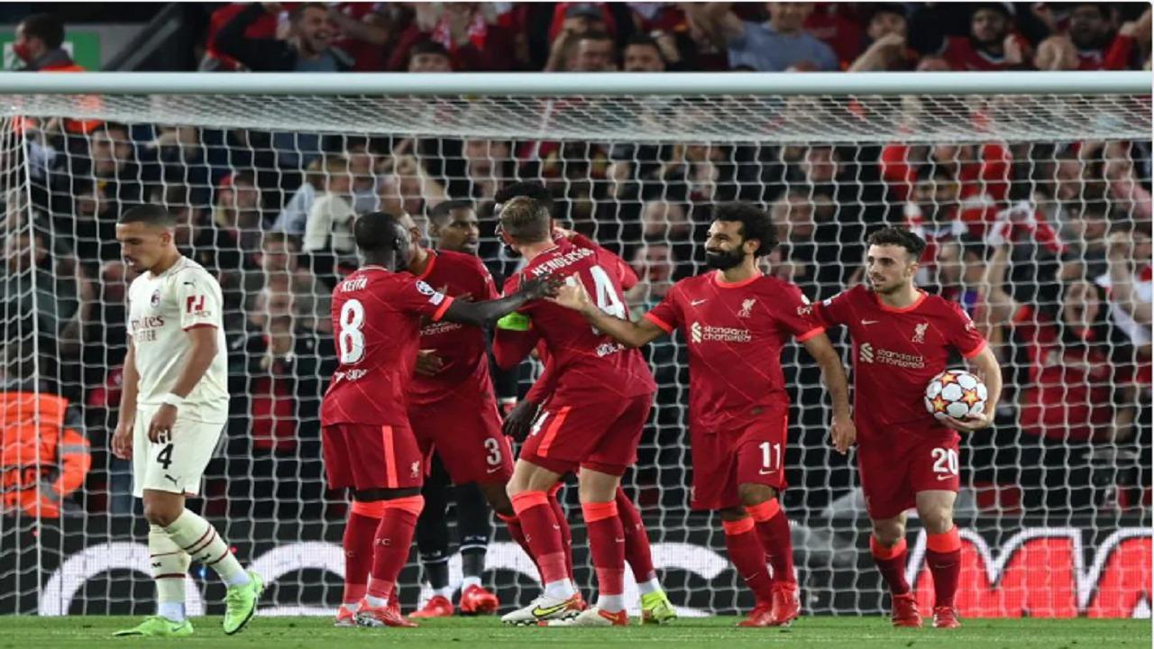 ليفربول يهزم ميلان بثلاثية في دوري أبطال أوروبا