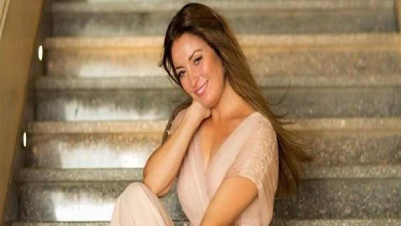 بالفيديو.. نرمين الفقي تستعرض أناقتها في أحدث جلسة تصوير