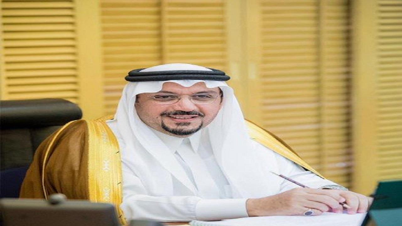 أمير القصيم يشيد بجهود وحدة الحماية الاسرية بفرع وزارة الموارد البشرية بالمنطقة