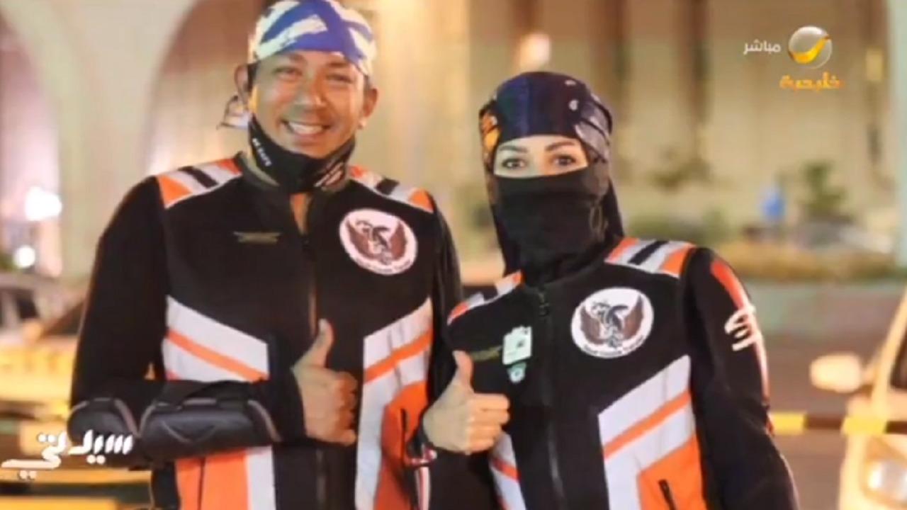 فيديو..قصة زوجين سعوديين يعشقان حياة الرحالة على الدراجات النارية