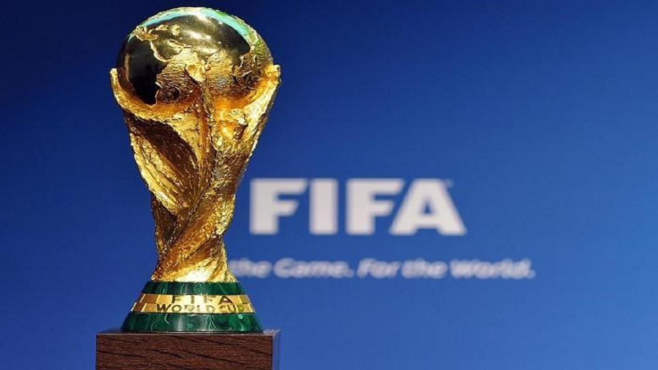 80 لاعباً ومدرباً يبحثون مقترح إقامة كأس العالم كل عامين