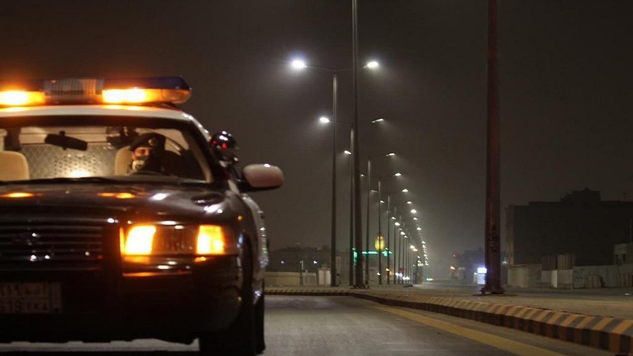 ضبط 7 مواطنين ظهروا في فيديو متداول أثناء مشاجرة بأحد الأماكن العامة بالباحة