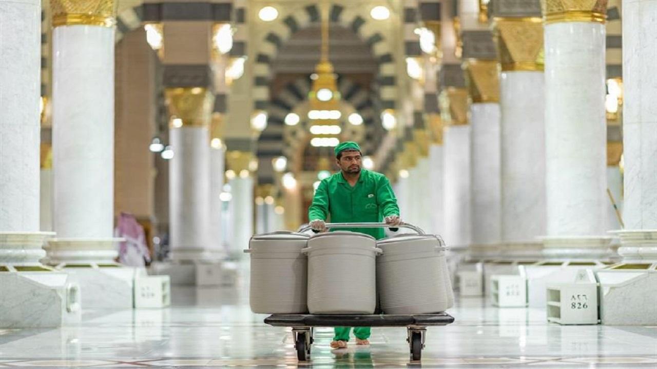 إعادة حافظات ماء زمزم للمسجد النبوي