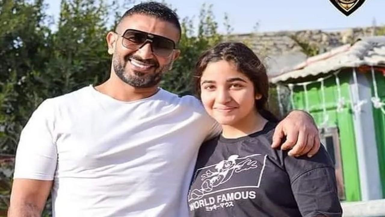 أحمد سعد يحتفل بعيد ميلاد ابنته (صورة)
