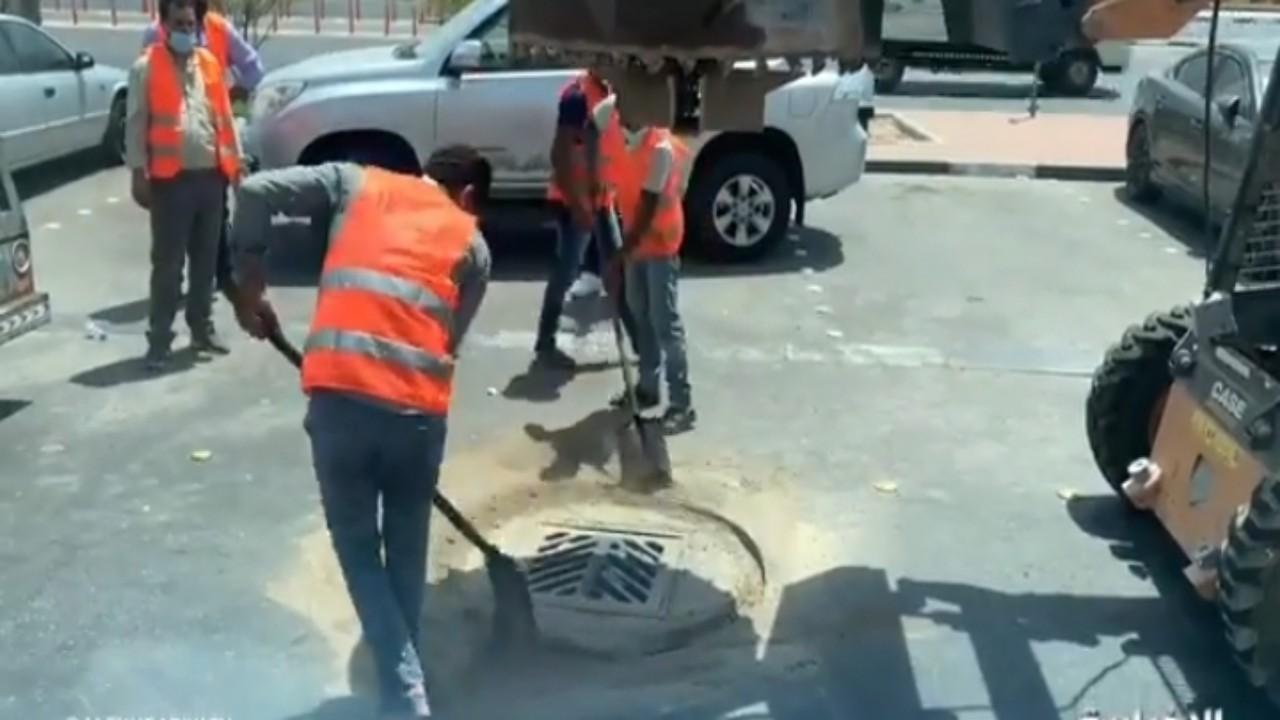 بالفيديو.. أمين الشرقية يطرح حلًا لمنع تخريب الإسفلت بسبب حفريات المشاريع