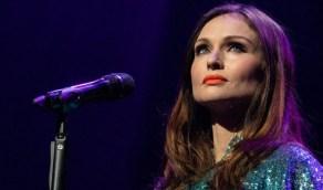المغنية صوفي إليس-بيكستور تكشف عن تعرضها للاغتصاب في سن المراهقة