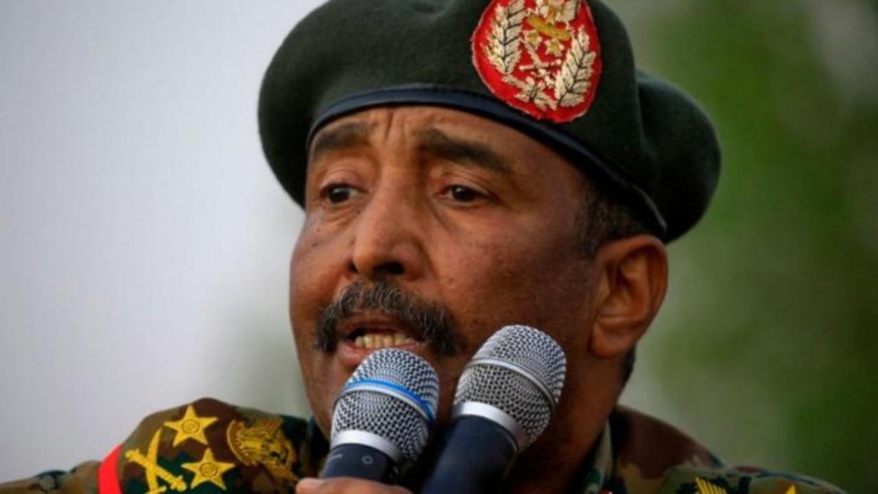 البرهان: القوات المسلحة أجهضت الانقلاب الأخير