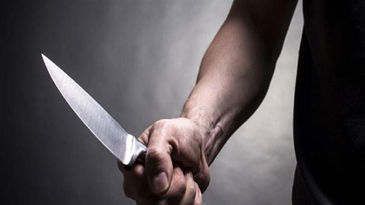 شاب يقتل والديه طعناً في مكة