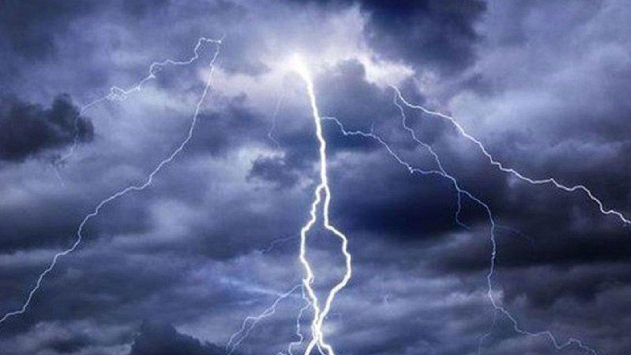 تحذير لمستخدمي الطرق بمنطة جازان بسبب الأمطار الغزيرة